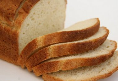 This Is Why You Should Start Avoiding Bread - ASAP
